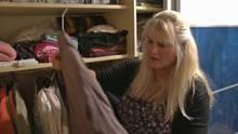 stern TV-Zuschauerin Jutta hat mehr als 3.000 Teile in ihren Kleiderschränken. Zeit, einmal kräftig auszumisten.