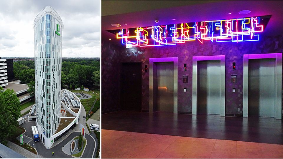 Der elliptische Turm in der City Nord und Neon-Kunst in der weiten Lobby: Holiday Inn Hamburg-City Nord