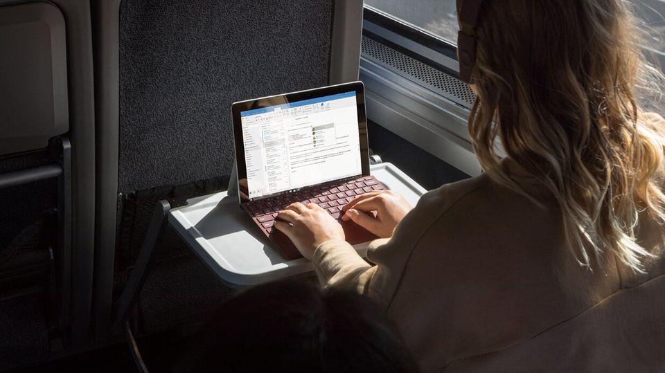 Günstigeres Einstiegsmodell: Surface Go: Microsoft zeigt sein Anti-iPad