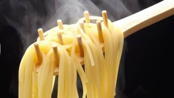 Schnellkoch-Tipp: Mit diesem Küchen-Hack sparen Sie Strom und Zeit beim Nudeln kochen