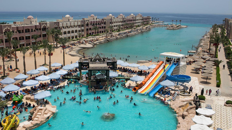 Hotelanlagen in Hurghada am Roten Meer in Ägypten: Am 15. Juli 2017 starben bei einer Messerattacke am Strand des Sunny Days El Palacio Resort & Spa (Foto) unter anderem zwei deutsche Frauen aus Niedersachsen.