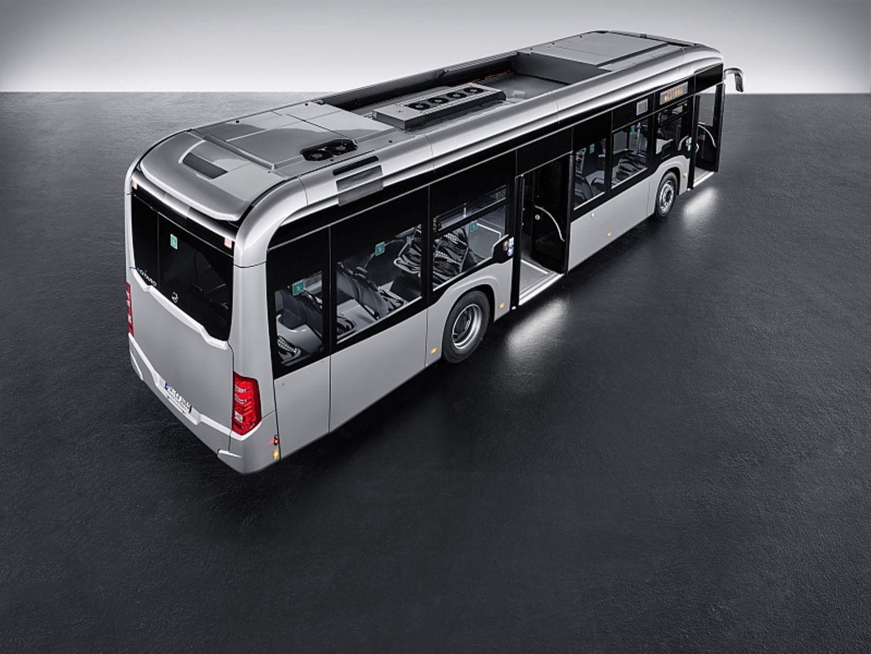Zunächst gibt es den eCitaro nur als Stadtbus