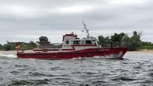 """Feuerlöschboot """"Alfons Frings"""" im Einsatz"""
