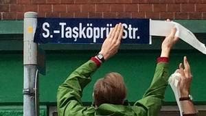 """NSU-Opfer auf Straßenschildern: Aus Kaiserstraße wird """"S.-Tasköpru-Str."""""""