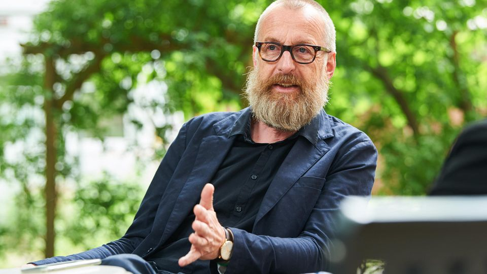Holger Zebu Kluth, Rektor der Ernst-Busch-Schule in Berlin