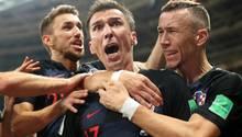 Mario Mandzukic (Mitte) schoss das entscheidende Tor für Kroatien gegen England im WM-Halbfinale