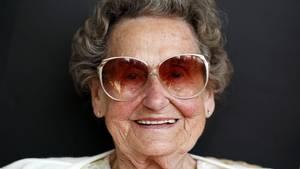 Eine alte Dame ließ sich von Kriminellen nicht einschüchtern