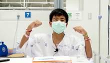 Fußballer Ekarat Wongsookchan und seine Teamkollegen dürfen bald nach Hause zu ihren Familien