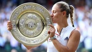Angelique Kerber bei ihrem ersten Erfolg beim Tennis-Grand-Slam-Turnier in Wimbledon