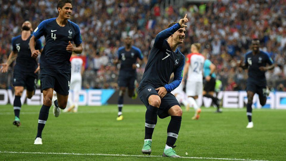 Antoine Griezmann bei seinem kuriosen Jubel im WM-Finale