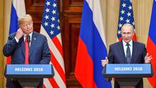 US-Präsident Donald Trump und sein russischer Amtskollege Wladimir Putin auf einer Pressekonferenz in Helsinki