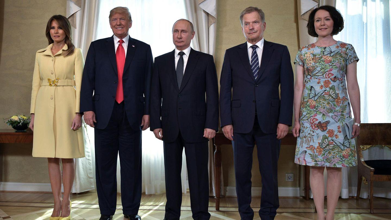 Wladimir Putin mit seinem amerikanischen und finnischen Amtskollegen und ihren Frauen