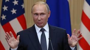 Wladimir Putin bei der Pressekonferenz nach seinem Gespräch mit Donald Trump