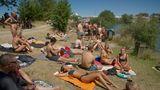 """Entspannung am Badesee im Camp """"Silent & Clean"""", welches dieses Jahr größenmäßig verdreifacht wurde und dennoch frühzeitig ausgebucht war"""
