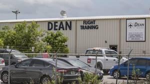 Die Flugschule Dean International