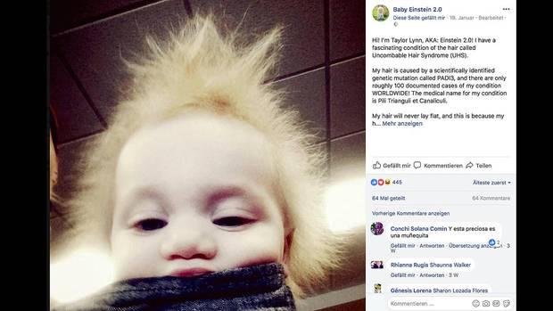 Foto von der kleinen Taylor mit ihren abstehenden, blonden Haaren