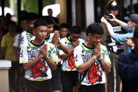 Höhlendrama von Thailand: Gerettete Jungen gehen ins Kloster – Ärger um künftige Nutzung von Gelände