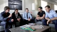 Bundestrainer Joachim Löw, Mesut Özil, Verbandsboss Reinhard Grindel, Ilkay Gündogan und DFB-Teammanger Oliver Bierhoff
