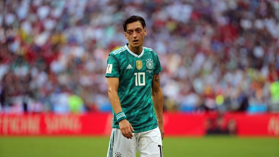 Mesut Özil: Liebeserklärung an das Genie mit den hängenden Schultern