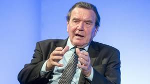 """""""Einfach unerträglich"""": Altkanzler Schröder wirft Maas """"dumpfe Kommentare"""" zu Özil vor"""