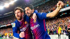 Fliegen beim FC Barcelona stets erste Klasse: Lionel Messi (l.) und Luis Suarez