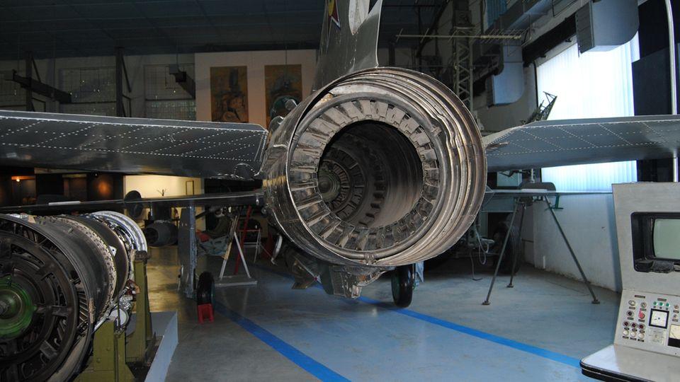 Das Triebwerk einer MiG-21.
