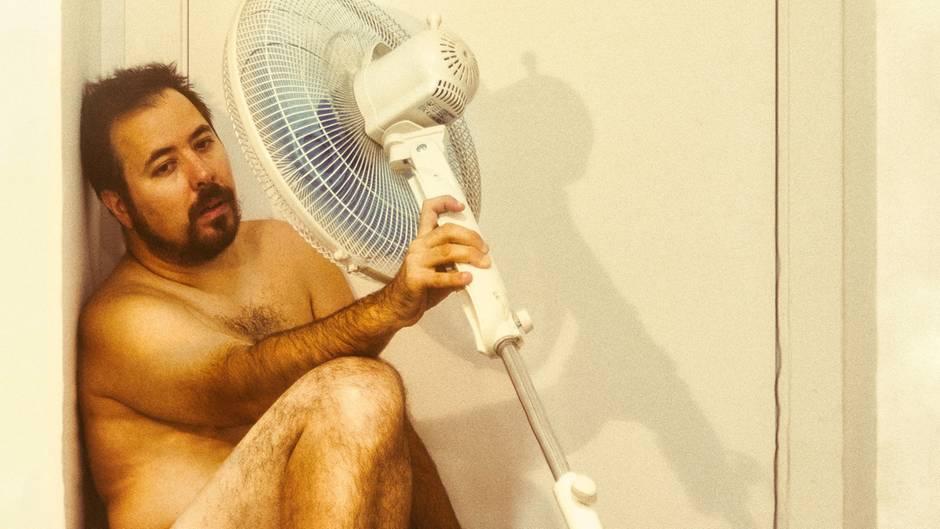 """Hitze-Tweets: """"In einer Beziehung mit dem Ventilator"""": Die witzigsten Tweets zur Hitze"""