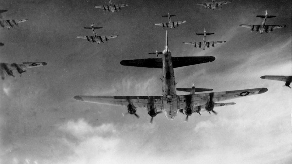 B-17-Flug in der Formation.