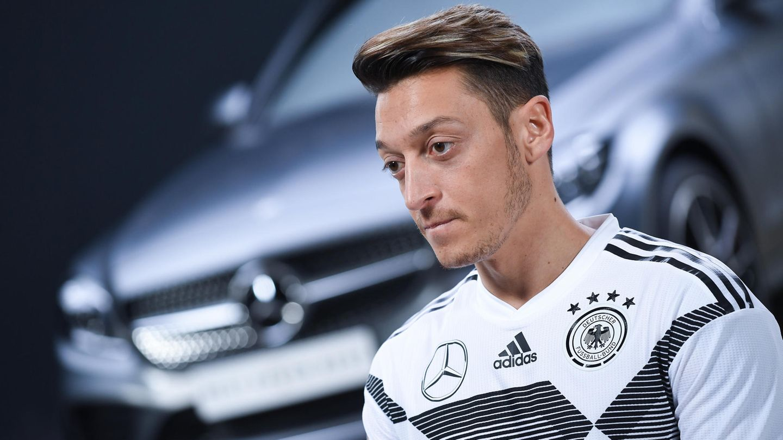 Mercedes-Benz in der Causa Mesut Özil