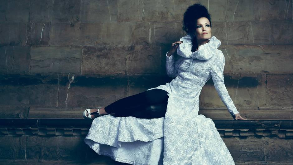 """Tarja """"Until My Last Breath"""": Hören Sie hier die Nachtigall des Metals bei einer intimen Live-Performance"""