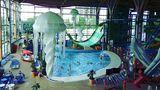 Platz 4:H2O Aquapark, Rostow am Don, Russland  Dieser bunte Indoor-Park bietet diverse Attraktionen in futuristischem Ambiente und eine Wasserrutsche, die 18 Meter über dem Boden beginnt.  Infos:http://h2opark.ru