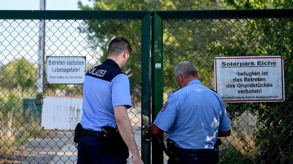 Polizei schließt Einsatzort in Ahrensfelde