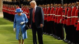 Donald Trump und Queen Elizabeth II