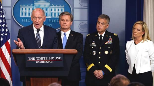 Donald Trump glaubt ihnen nicht: Dan Coats, Christopher Wray, Paul Nakasone, Heimatschutzministerin Kirstjen Nielsen