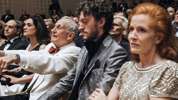 Milliardär Walter Loving mit Sohn Franky und Ex-Ehefrau Alice beim Konzert