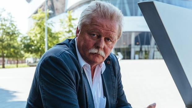 """""""Was jetzt durch Donald Trump losgetreten wird, birgt große Gefahren"""", sagt Werner Funk, Betriebsrat bei Daimler-Benz in Stuttgart"""
