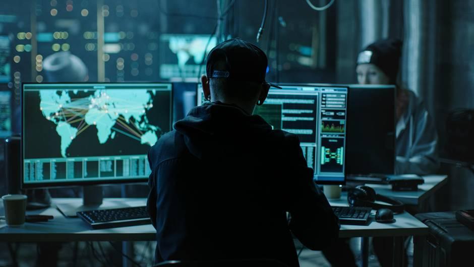 Die Hacker-GruppeFin7 arbeitet eher wie ein Unternehmen als nach alten Hacker-Klischees (Symbolbild)