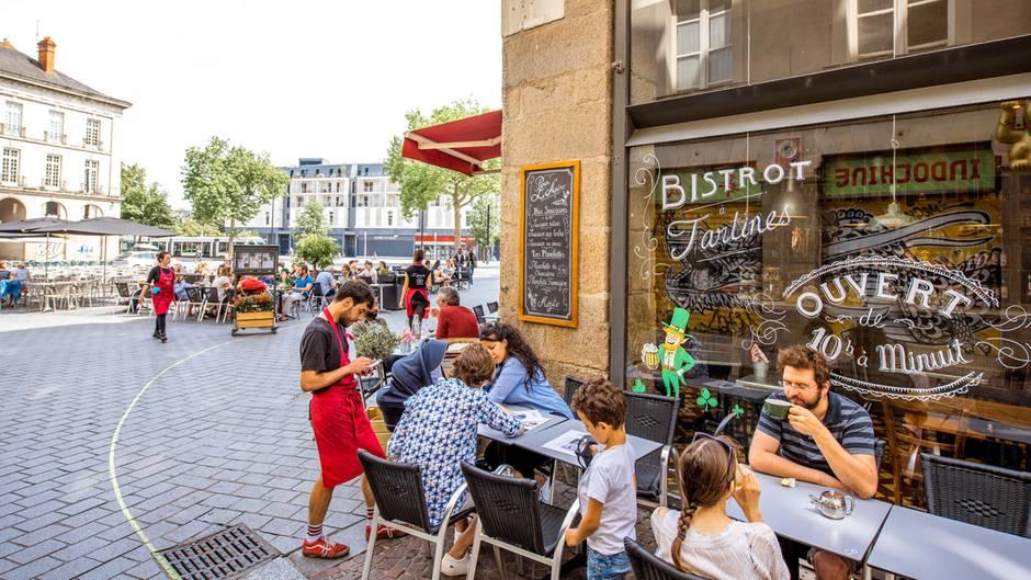 Rang 10: Nantes, Frankreich  So nett wie auf diesem Foto sieht es nur in den wenigen Orten aus, die von Touristen überrannt werden. Nantes liegt im Westen Frankreichs an der Loire