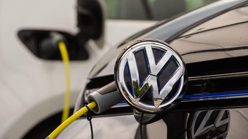 Vw Stoppt Bestellungen Für Hybrid Und Erdgas Autos Sternde