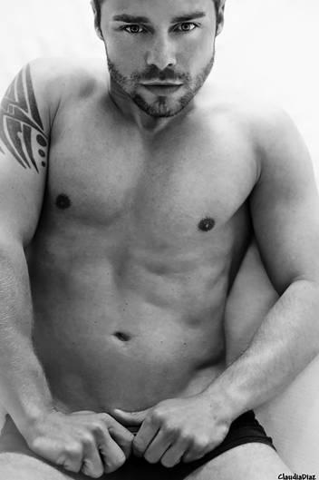 Manner nackt bild Nude Photos 1