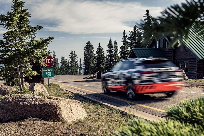 Der Audi e-tron quattro Prototyp ist bis zu 200 lm/h schnell