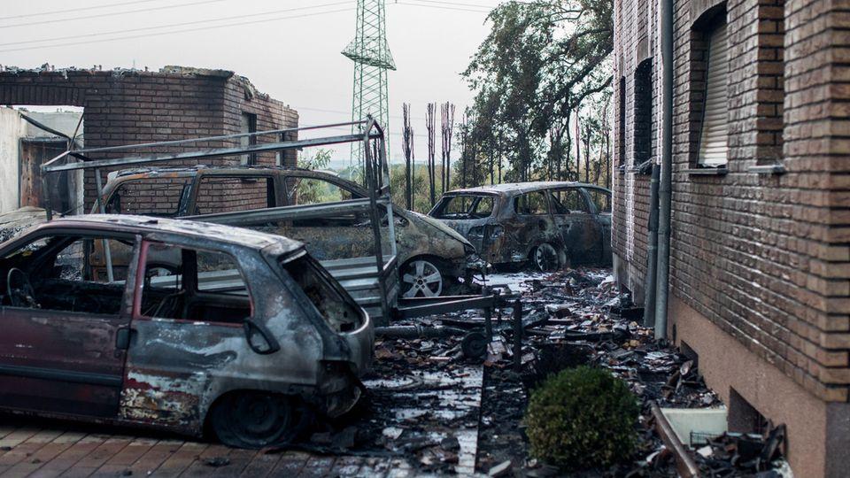 Nachrichten aus Deutschland: Flächenbrand in Siegburg