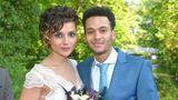 Anni Brehme (Linda Marlen Runge) heiratet 2015 zum Schein Flüchtling Amar Akram (Thando Walbaum)