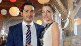 2014 heiratet Emily Höfer (Anne Menden) ihren Tayfun Badak (Tayfun Baydar)
