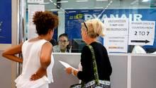 Pilotenstreik bei Ryanair: Rund 55.000 Passagiere kommen nicht an ihr Reiseziel
