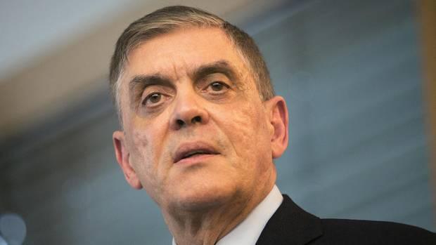 Der Vorsitzende des Zentralrats der Sinti und Roma, Romani Rose