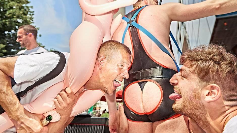 frivole bar berlin sex im aufzug
