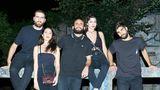 Für Alejandra (2. v. l.) und ihre Freunde aus dem spanischen Murcia wurde der Traum wahr: Sie durften rein ins Berghain. Erkennen Sie den Unterschied?