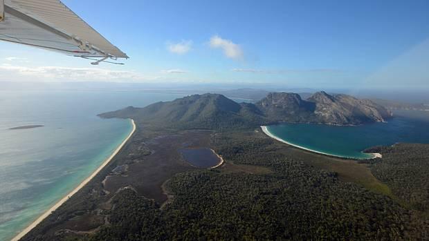 Mit 200 km/h geht es über den Freycinet-Nationalparkan der Ostküste Tasmaniens.