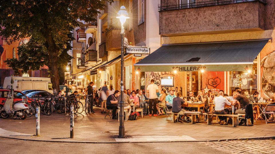 Der Bezirk um den Hermannplatz in Berlin entwickelt sich zum Künstler- und Kneipenviertel